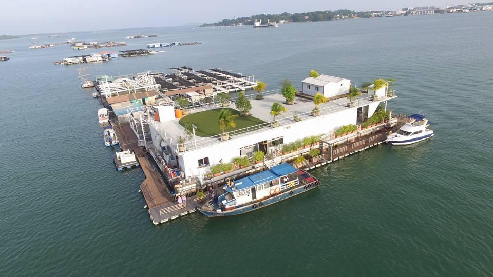 Smith Marine Floating Restaurant